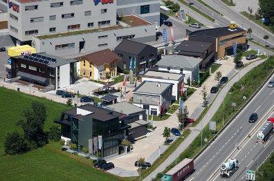 Innsbruck Dez Areal Baumeisterhaus oder Fertigteilhaus von Elk Zenker Jenewein bis Wolf Schafferer und Co !